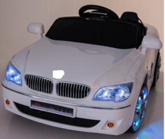 Машина на аккумуляторе (12V*4AH) 2 двигателя, на пульте управления 2,4GHz, цвет: белый и красный, в/к 110*60*33 см